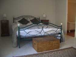 102/Griffe double bedroom _ ensuite.JPG
