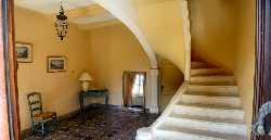 107/stairs.jpg