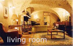 44/livingroom2.jpg