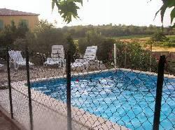 5/rental_pool_countryside.jpg