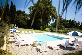 62/Holiday_rentals- Pool.jpg