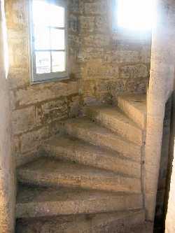 97/pezenas_stairs.jpg